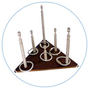 jeu triangle anneaux et quilles